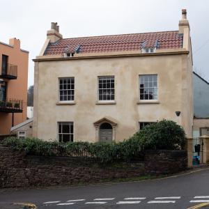 5 Granby Hill